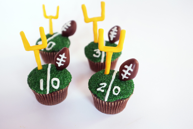 AJM Football Cupcakes_finished1_web