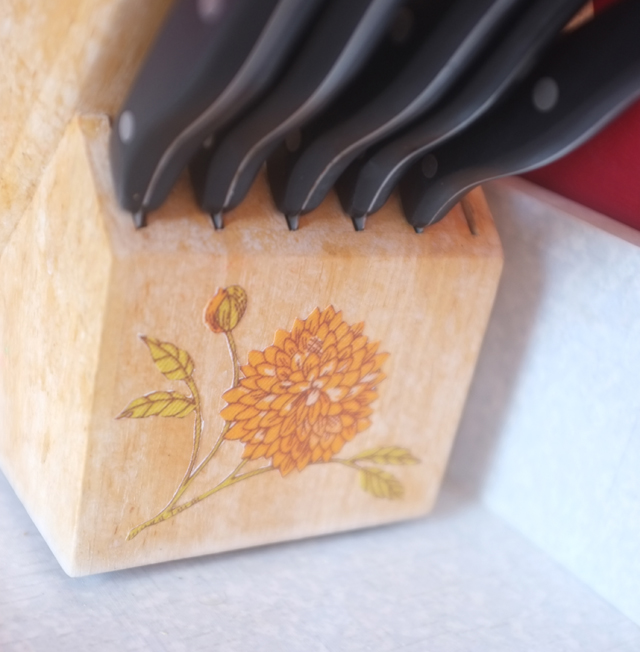 Knives Detail