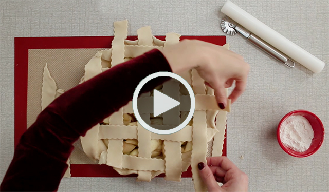 Lattice Crust Play
