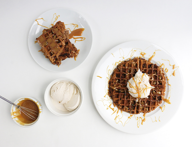 Cookie Waffle with Ice Cream and Caramel