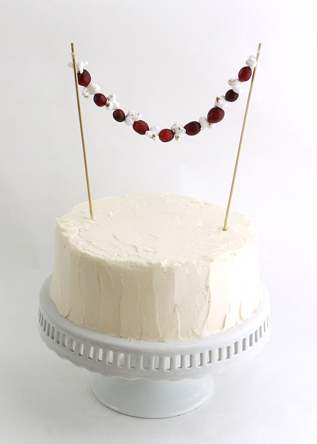 Holiday Garland Cake