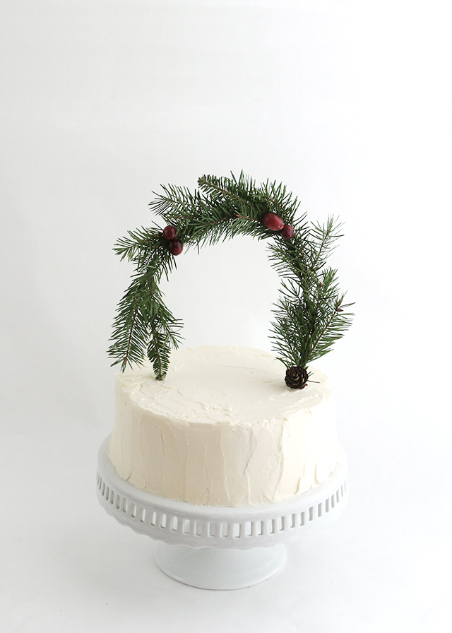 Holiday Greenery Cakes