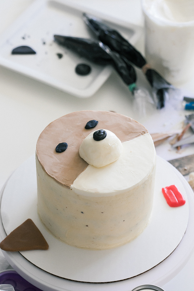 How to Make a Corgi and a Pug Cake